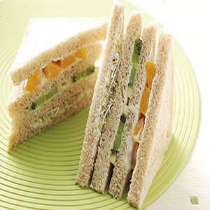 全麥水果優格三明治