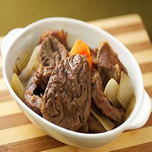紅酒燉牛肉(3)