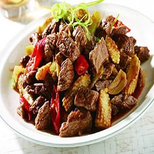 牛肉炒芹菜(1)