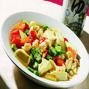 雪白菇燴蛋豆腐