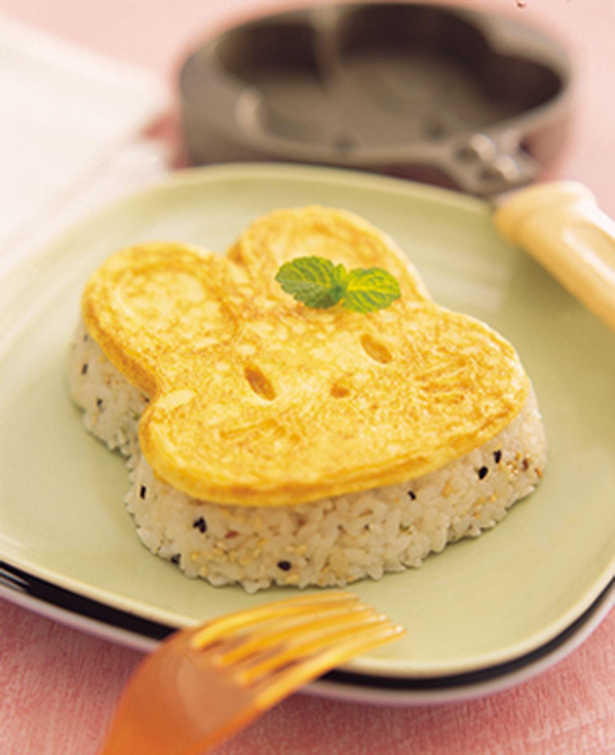 食譜:小白兔烤蛋飯