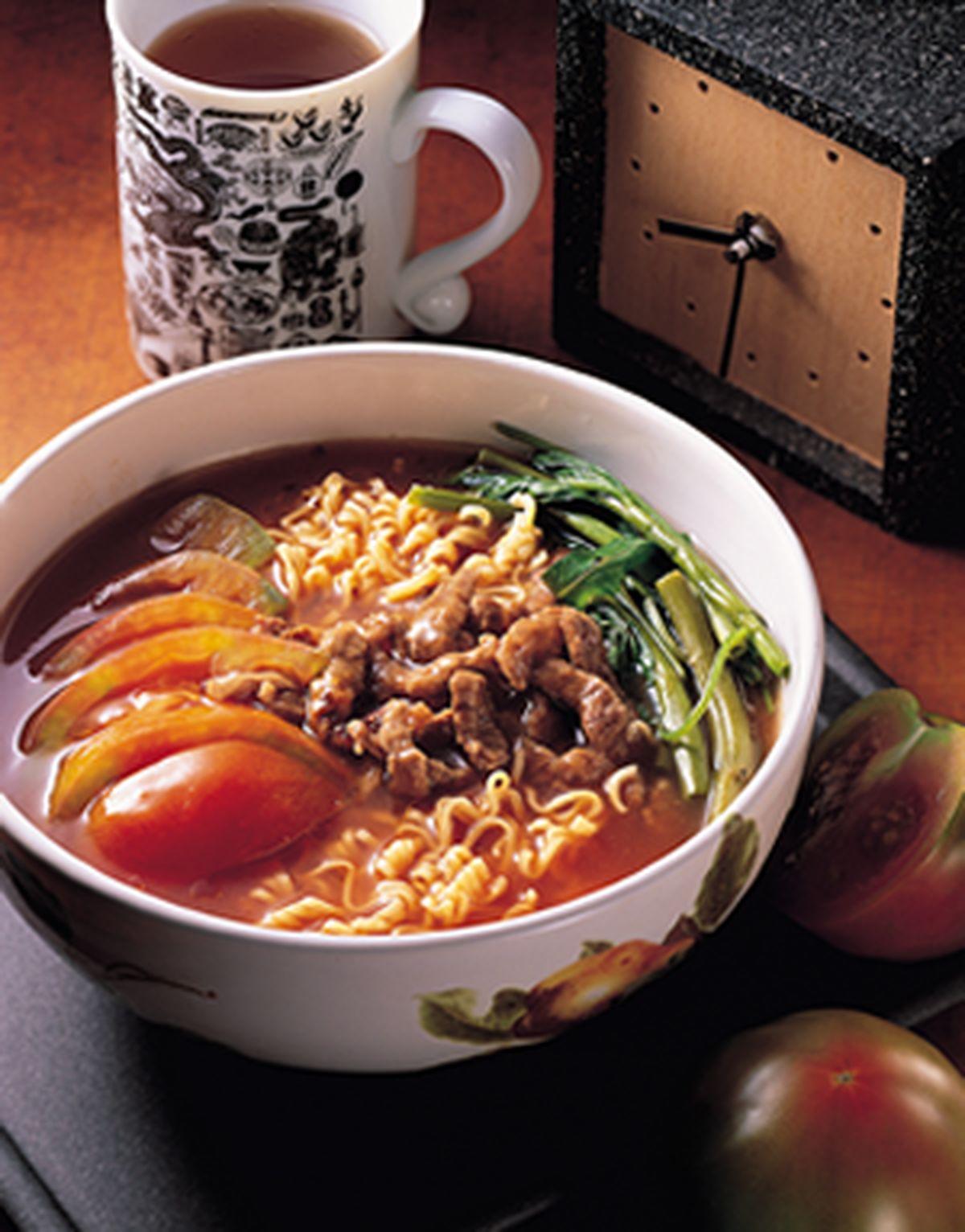 食譜:蕃茄牛肉絲泡麵