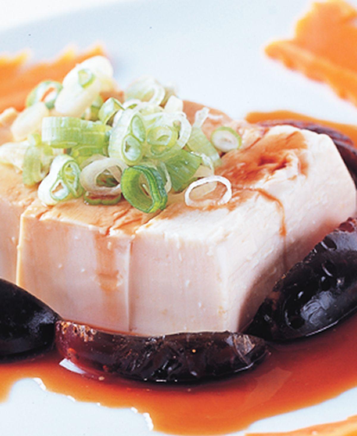 食譜:皮蛋蔥花拌豆腐