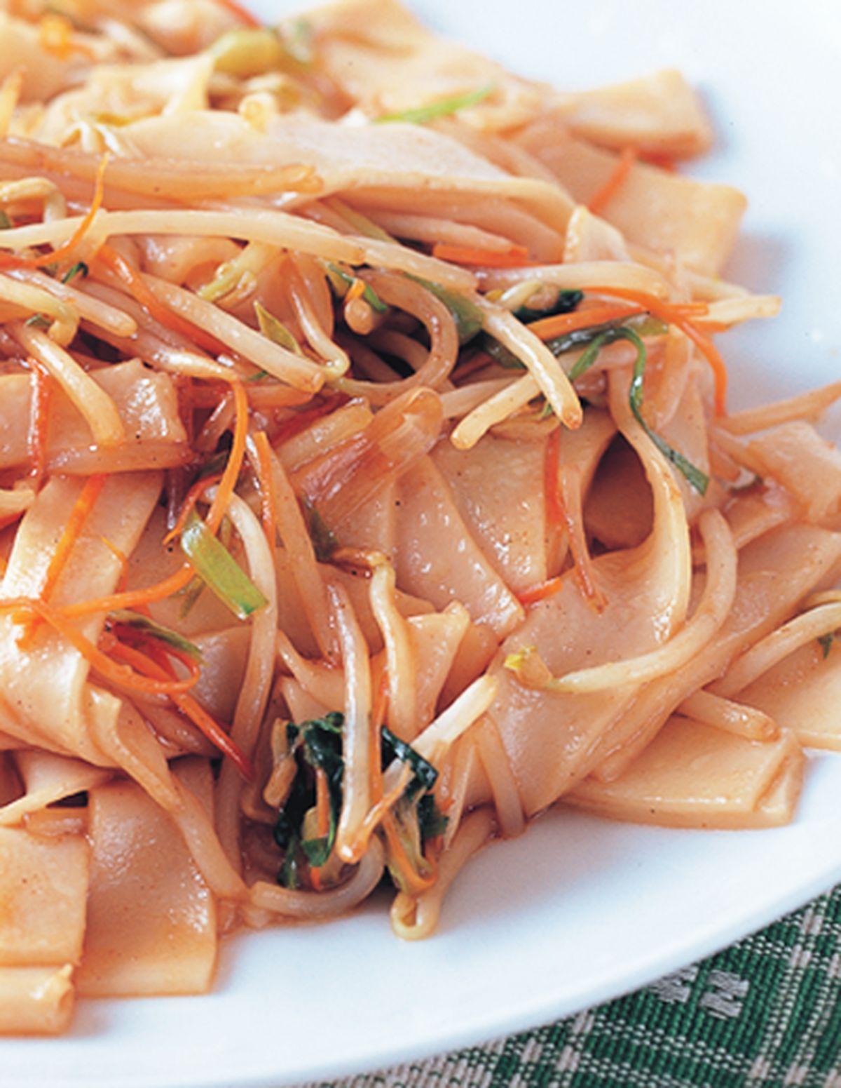 食譜:綠豆芽炒板條