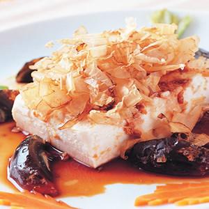 皮蛋柴魚拌豆腐