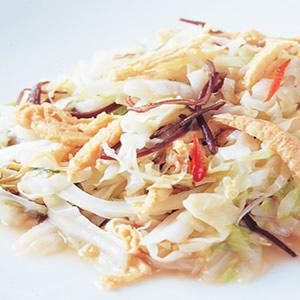 木耳豆包炒高麗菜絲