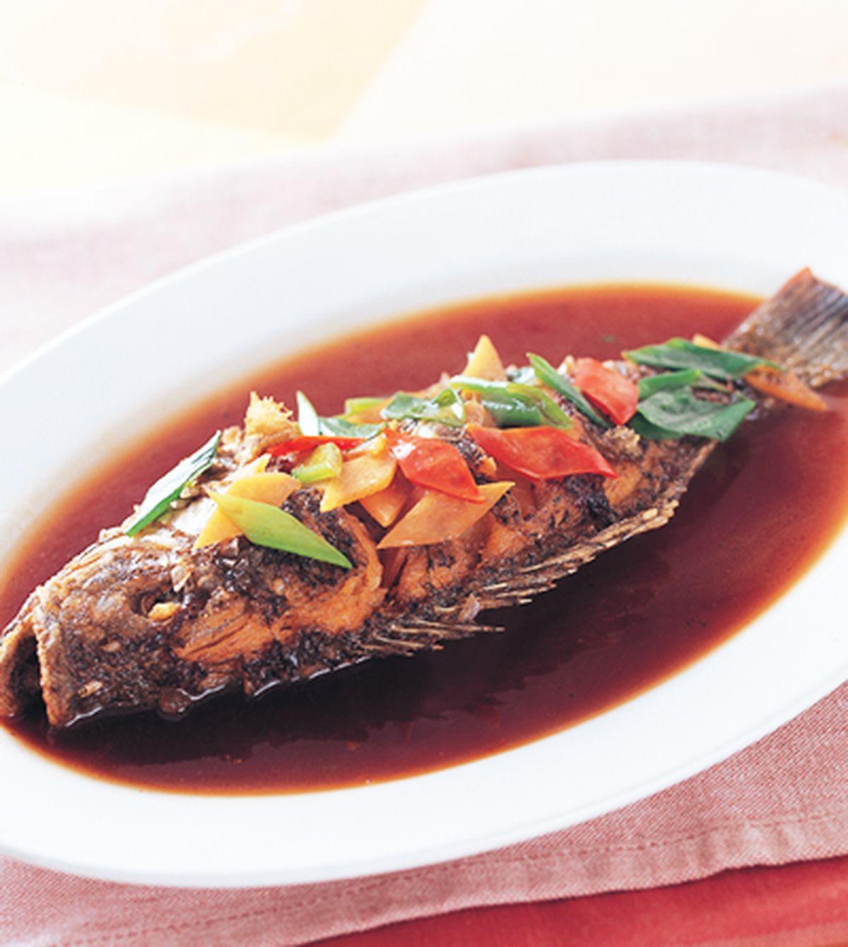 食譜:醬汁吳郭魚