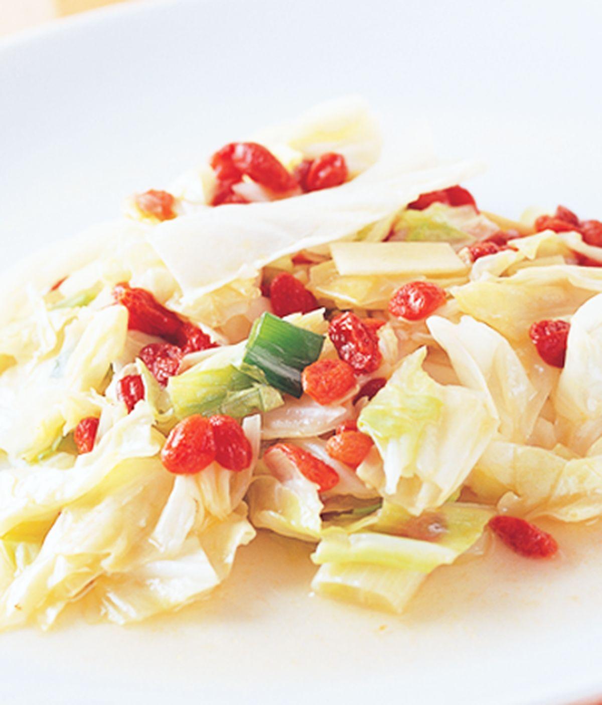 食譜:枸杞拌炒高麗菜