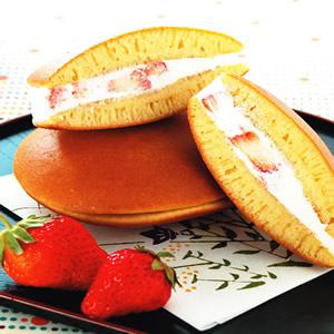 微醺草莓銅鑼燒