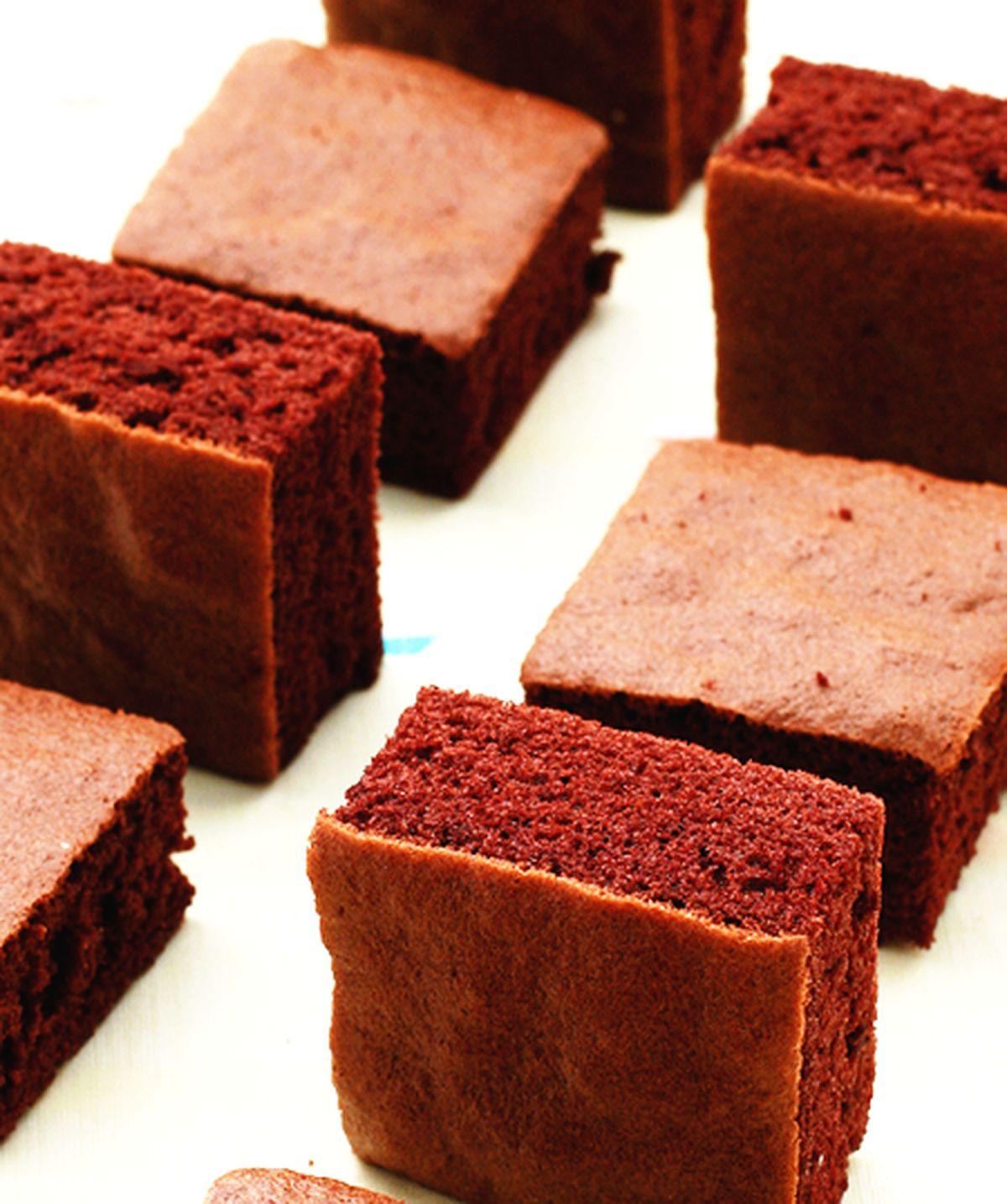食譜:巧克力海綿蛋糕(1)