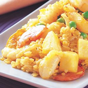 鳳梨海鮮炒飯