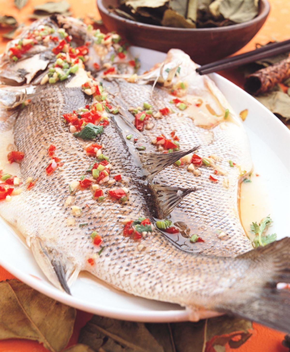 食譜:清蒸檸檬鱸魚