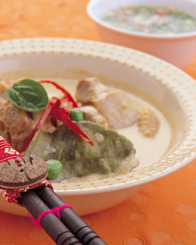 食譜:綠咖哩椰汁雞肉
