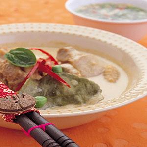 綠咖哩椰汁雞肉