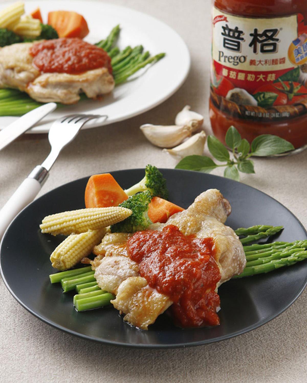 食譜:香煎雞腿排佐蕃茄醬汁