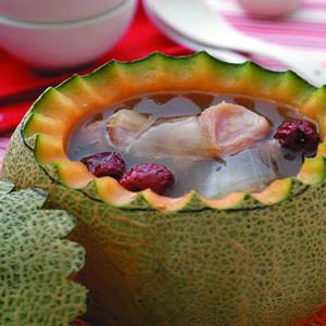 蘆薈雞肉燉蜜瓜盅