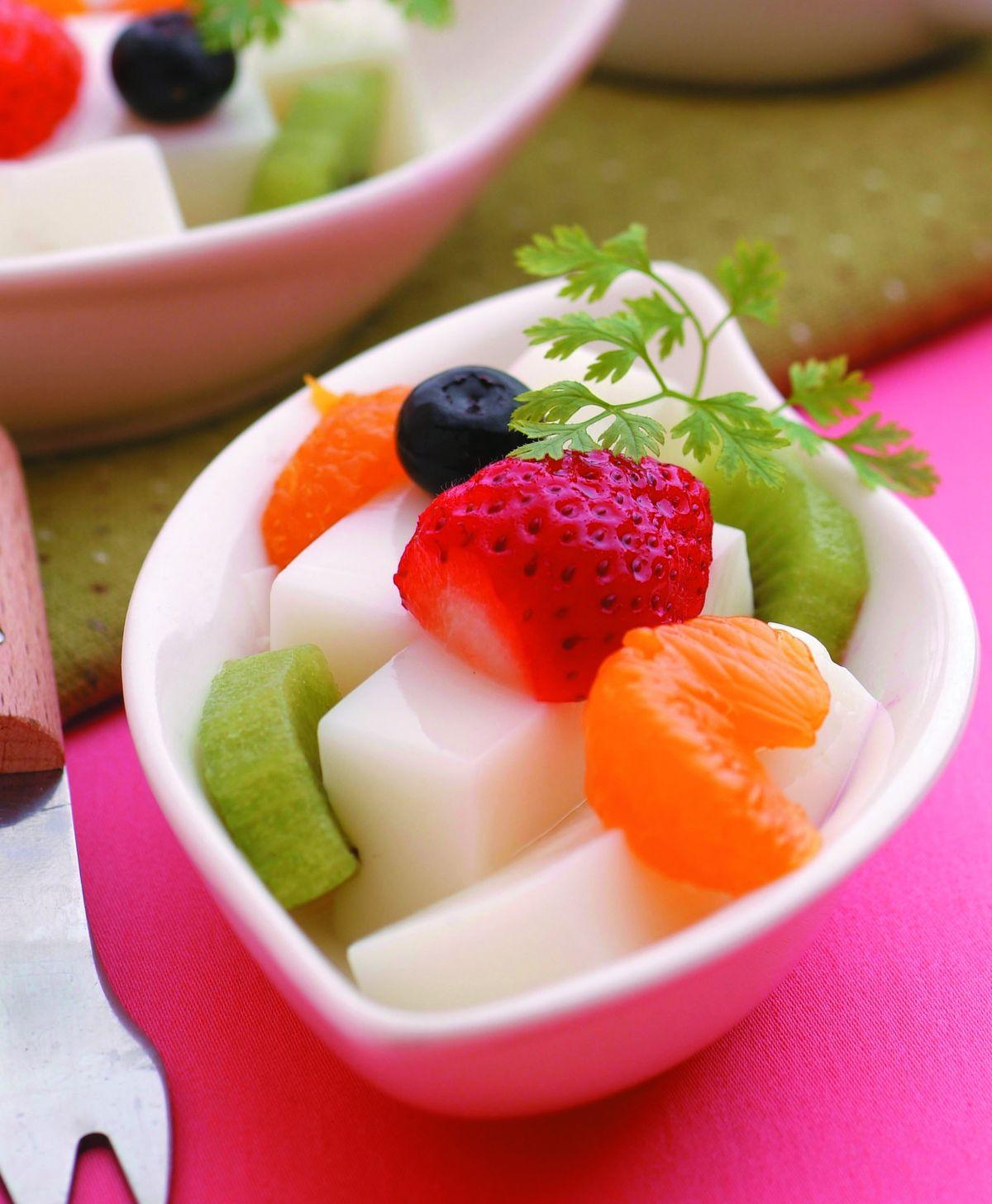食譜:杏仁豆腐什錦水果
