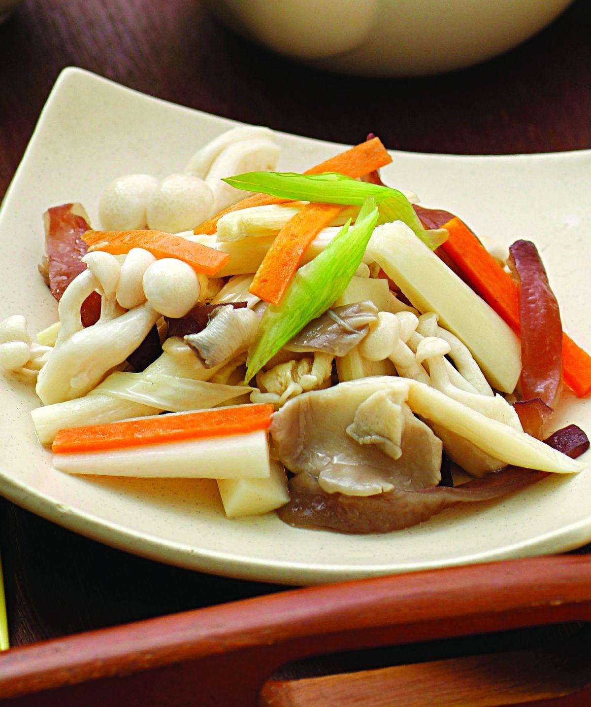 食譜:檳榔心炒養生菇