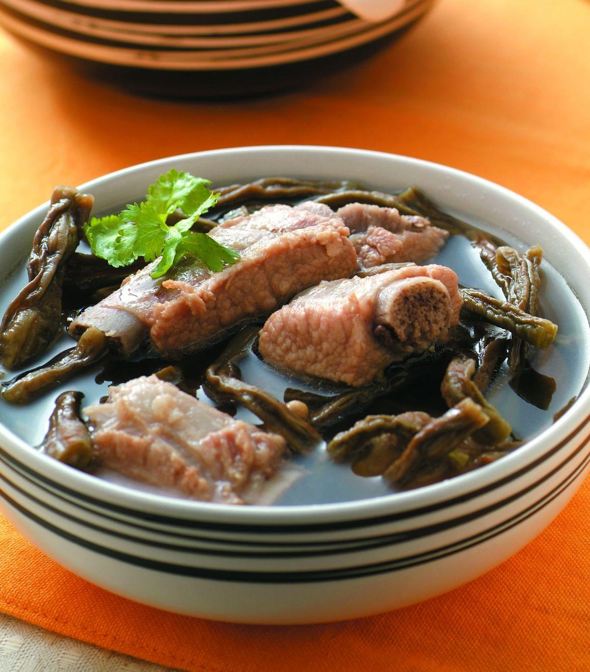 食譜:長豆乾排骨湯