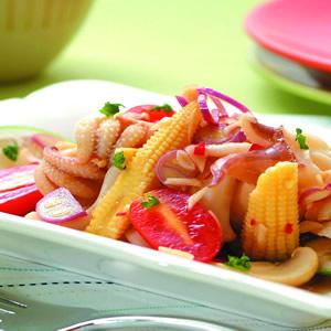 泰式鮮蔬墨魚