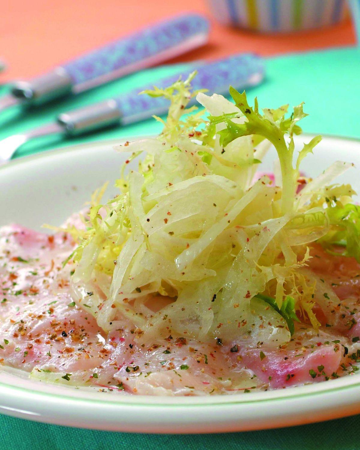 食譜:醃漬鯛魚拌生菜