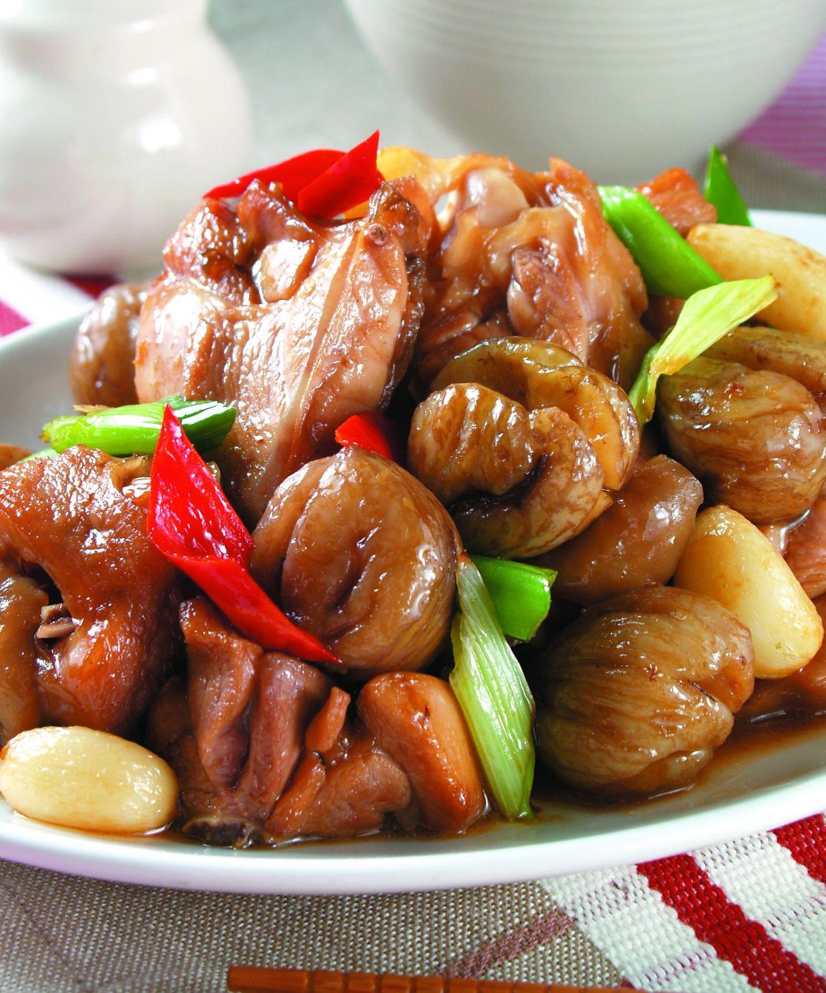 食譜:栗子燒雞腿