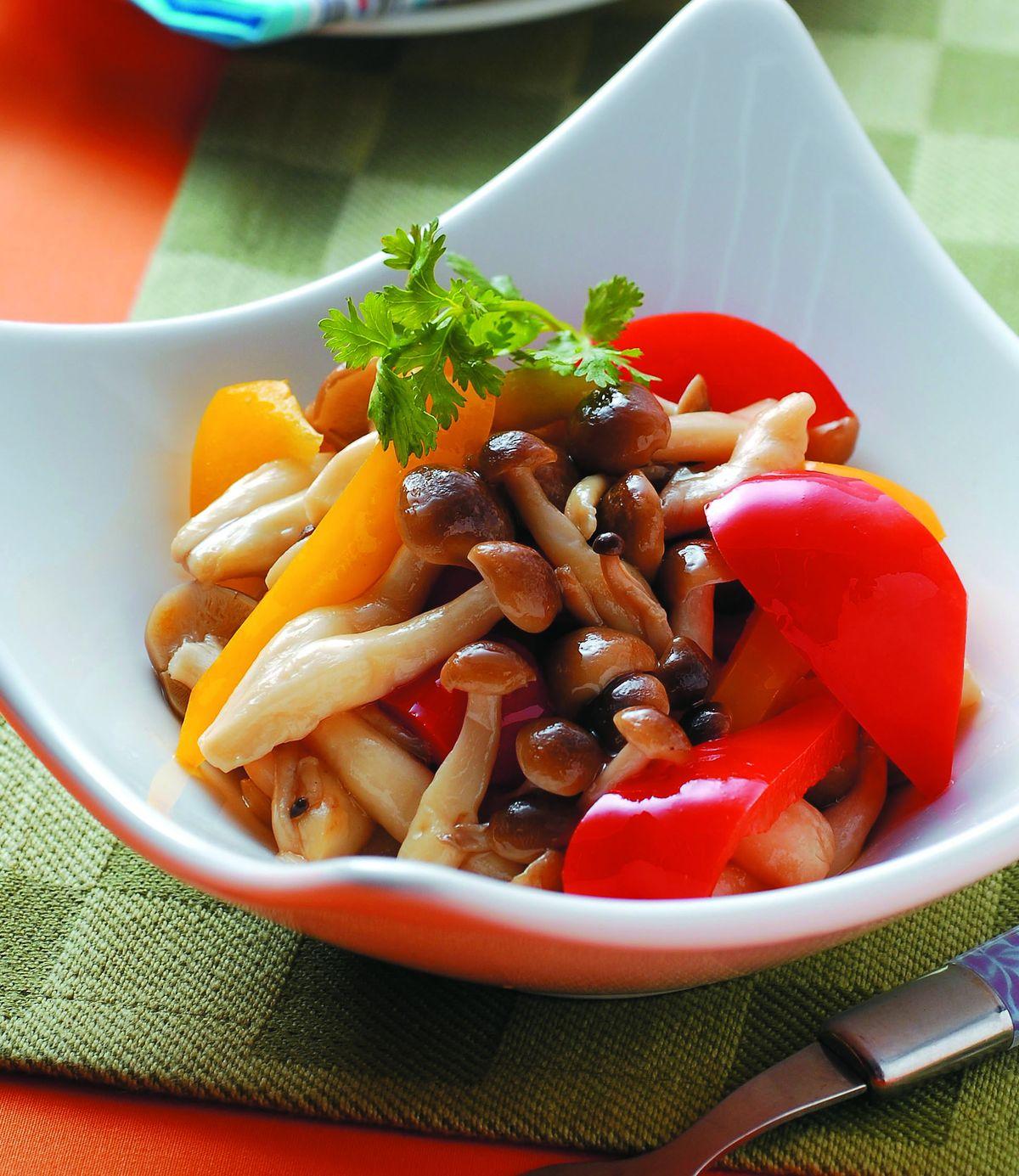 食譜:彩椒鴻禧菇