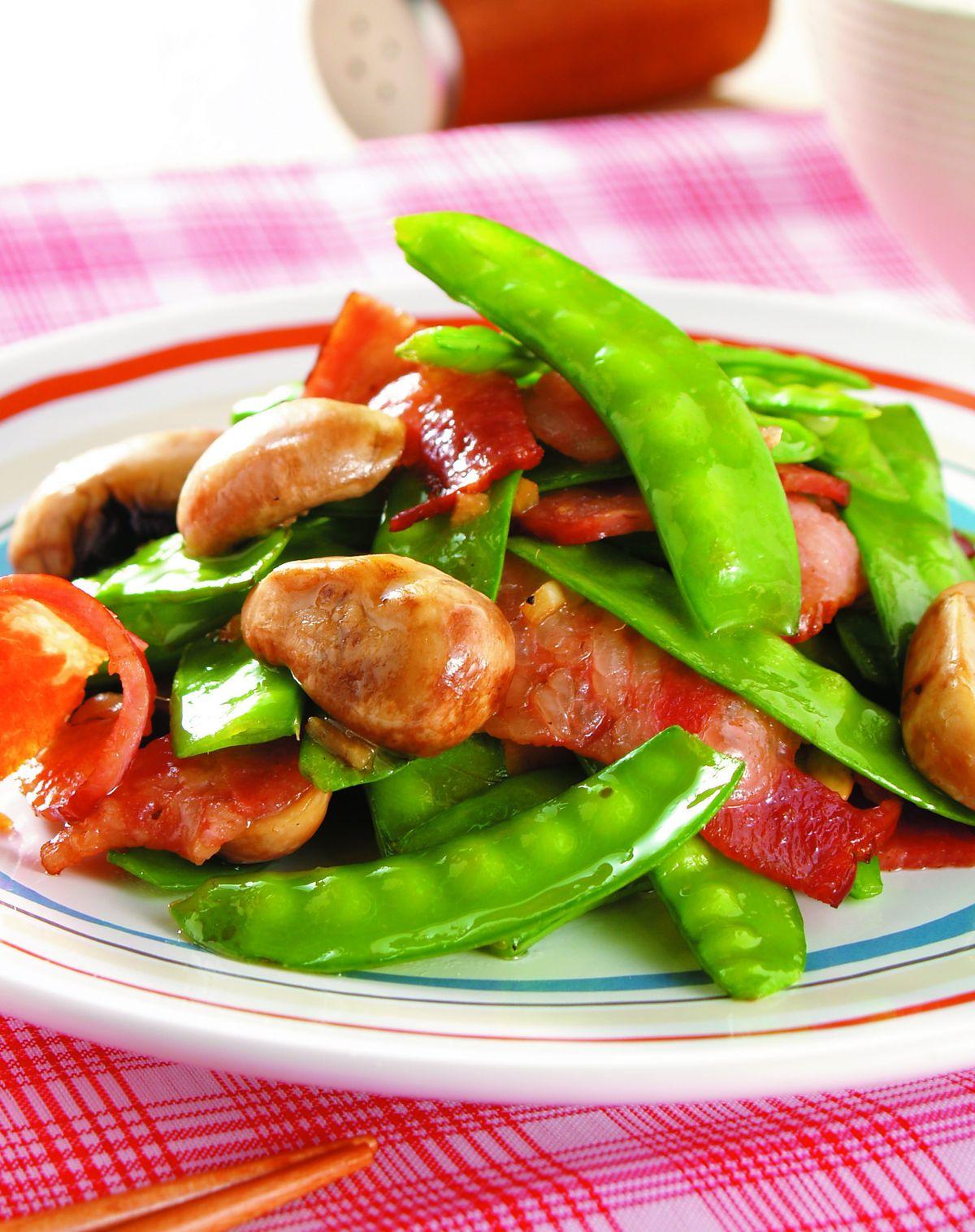 食譜:碗豆炒培根