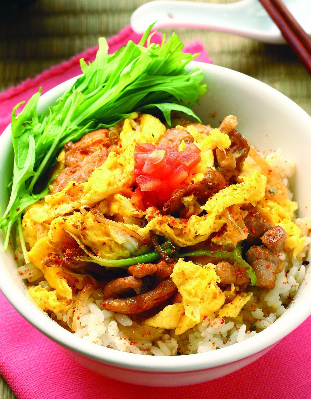 食譜:山芹雞肉親子蓋飯