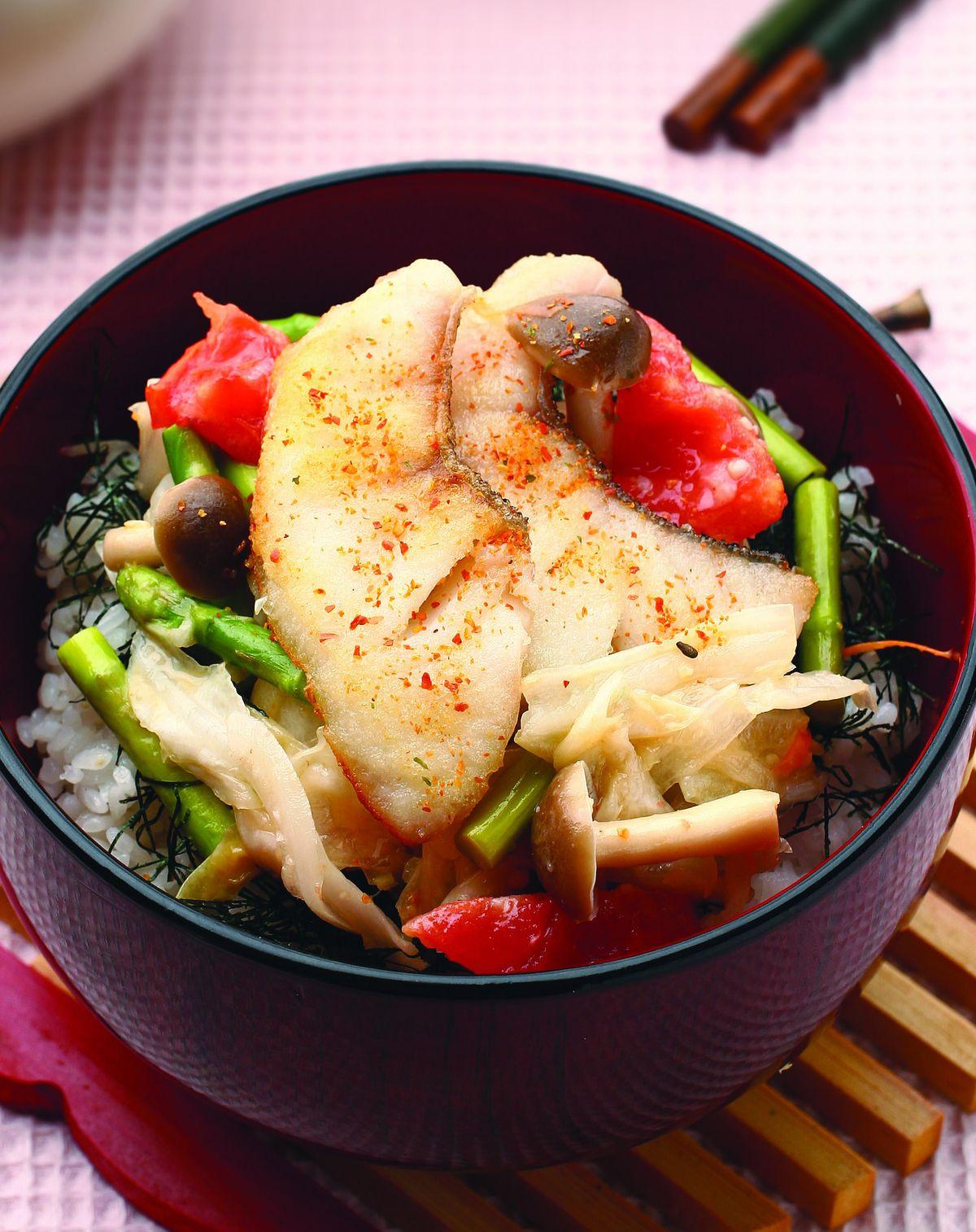 食譜:鯛魚泡菜蓋飯