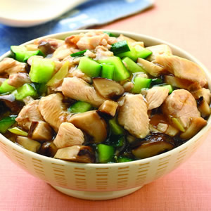 鹹魚雞粒蓋飯
