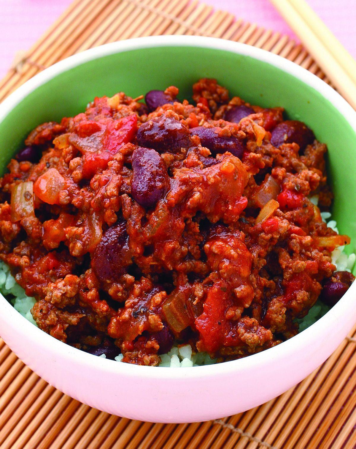 食譜:墨西哥式蕃茄碎牛肉蓋飯