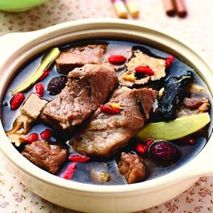 紅潤排骨湯