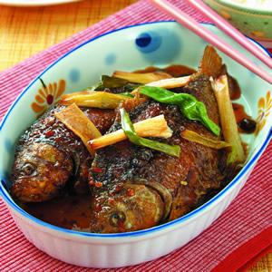 蔥燒鯽魚(4)