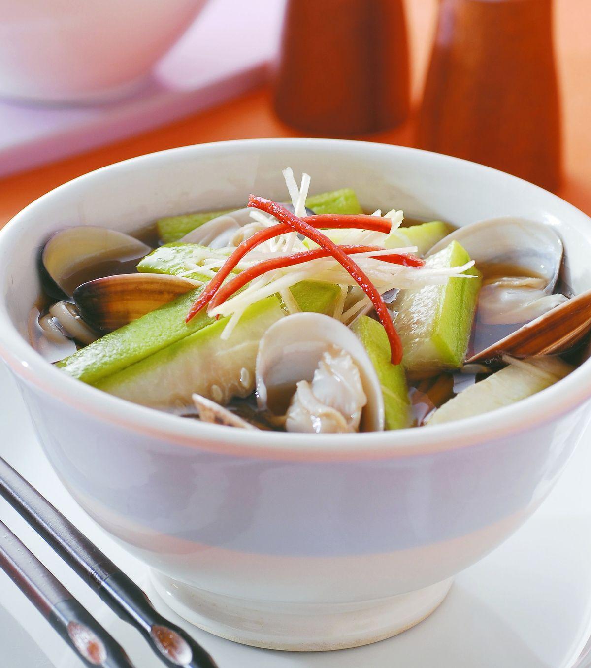 食譜:絲瓜蛤蜊湯麵