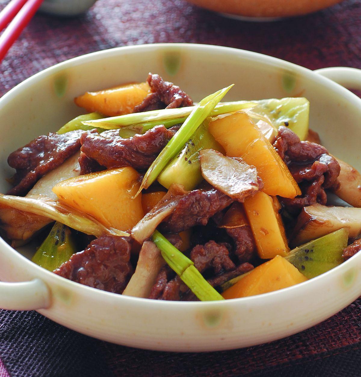 食譜:牛肉炒芒果