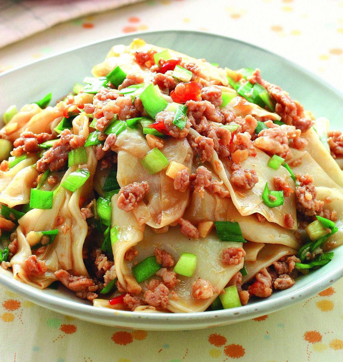 食譜:肉末炒餛飩皮
