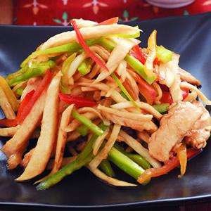 筊白筍炒甜椒