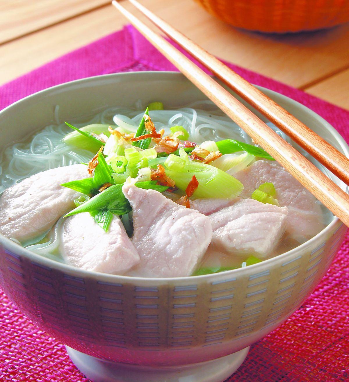食譜:旗魚米粉湯(1)