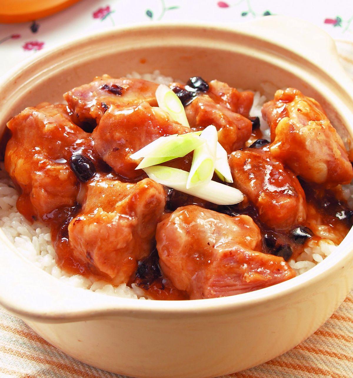 食譜:豉汁排骨煲仔飯(1)