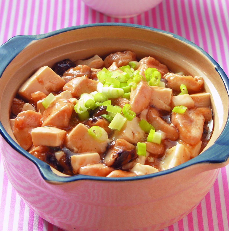 食譜:鹹魚雞粒豆腐煲(2)