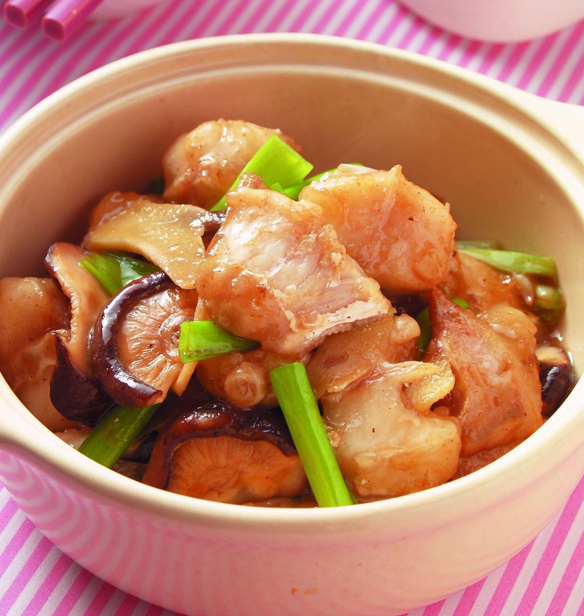 食譜:薑蔥魚腩煲