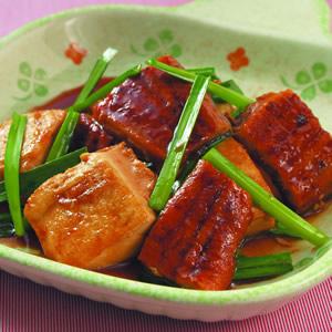 紅燒鰻豆腐
