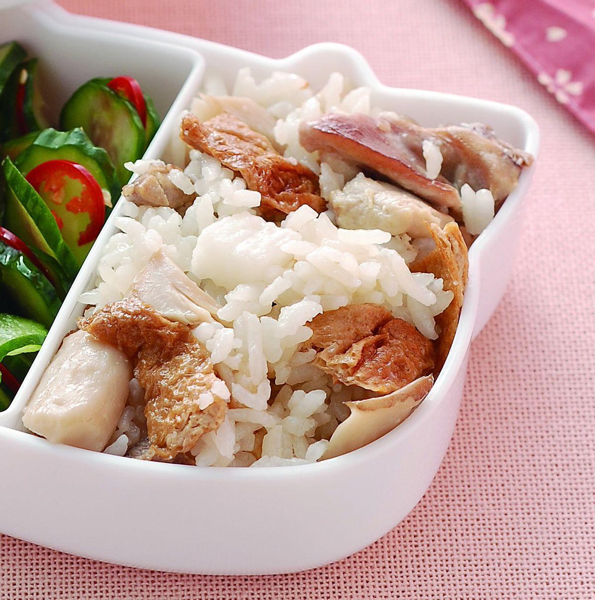 食譜:鮮菇雞肉豆皮炊飯