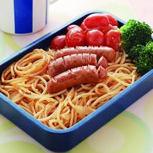 德式香腸蕃茄義大利麵