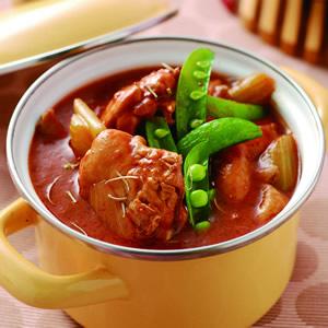 迷迭香草蕃茄燉嫩雞