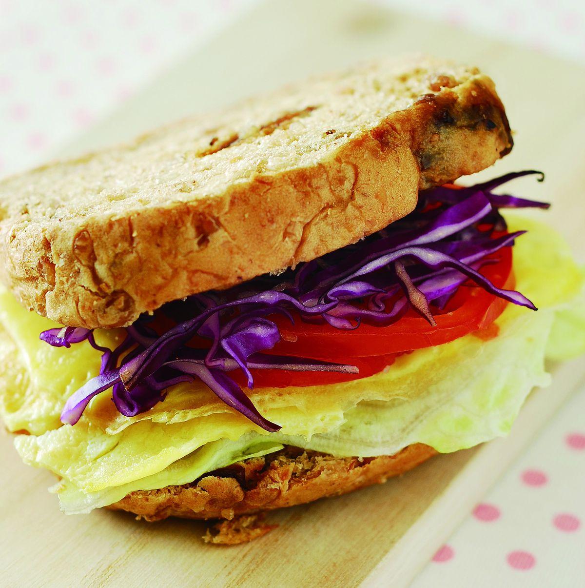 食譜:煎蛋起司黑麥三明治