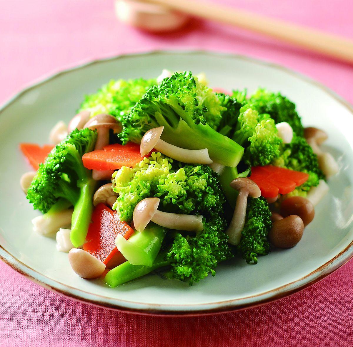 食譜:鴻喜菇拌青花椰