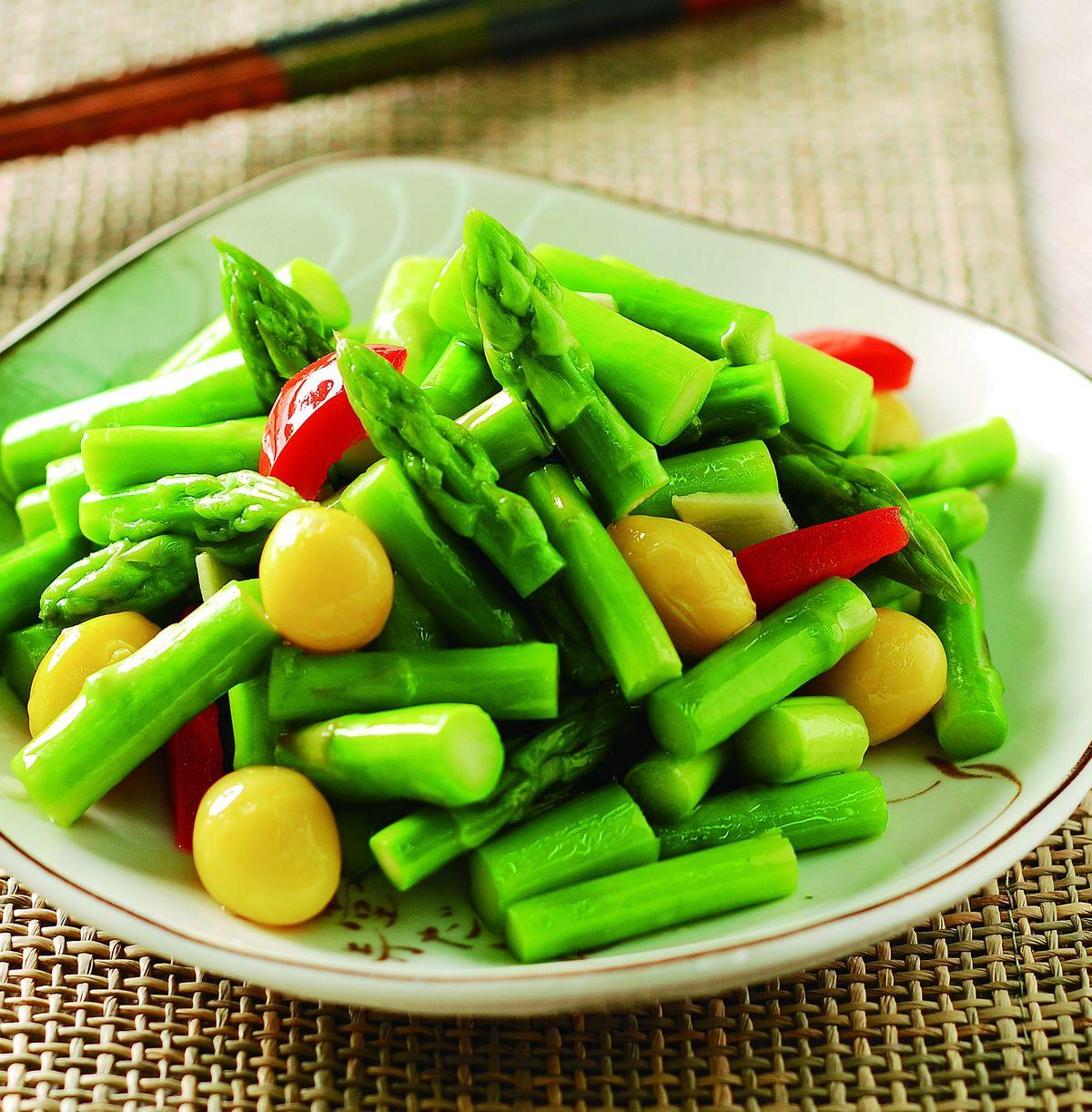 食譜:蘆筍炒白果