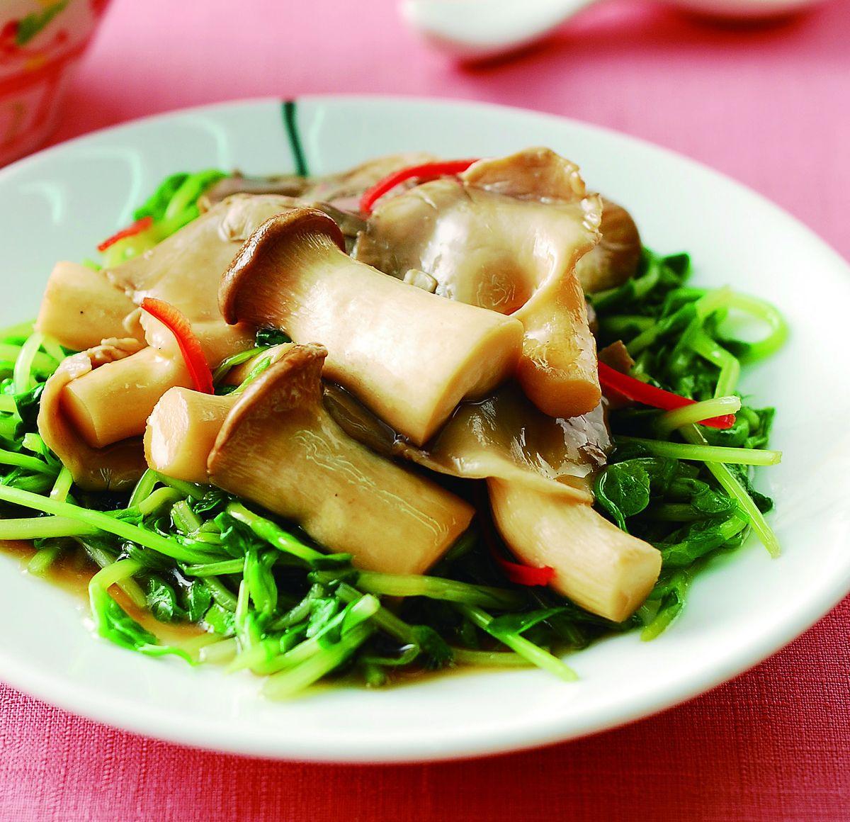 食譜:蠔油雙菇燴小豆苗